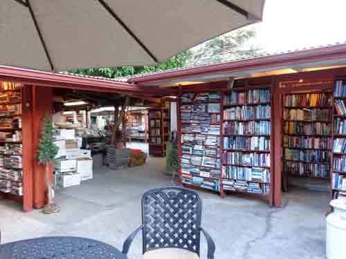 Ojai-bookstore2