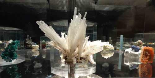 Scolecite crystals